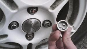 Снятие секреток с колес